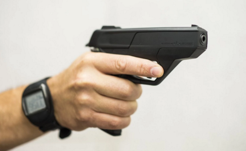Obama embraces smart guns, thrilling proponents of the controversial technology