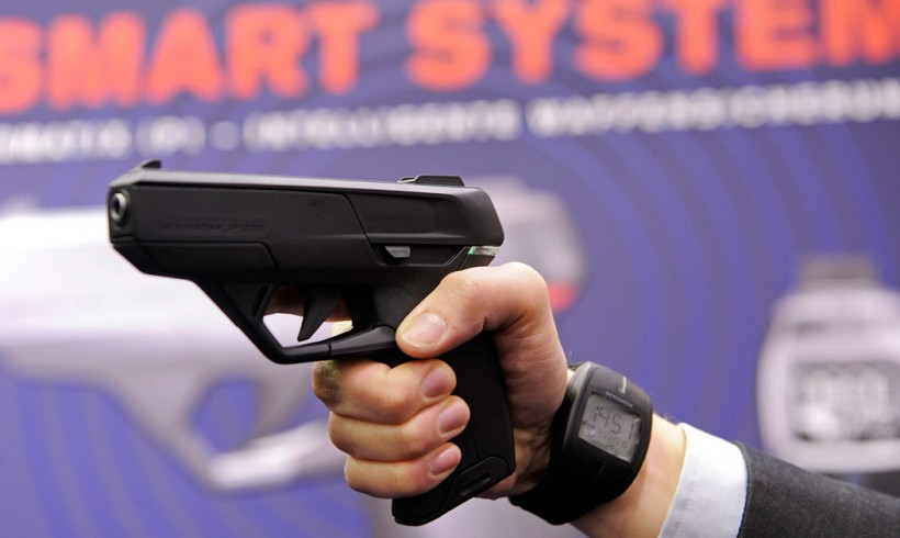 "Obama Reveals Push for ""Smart Guns"""